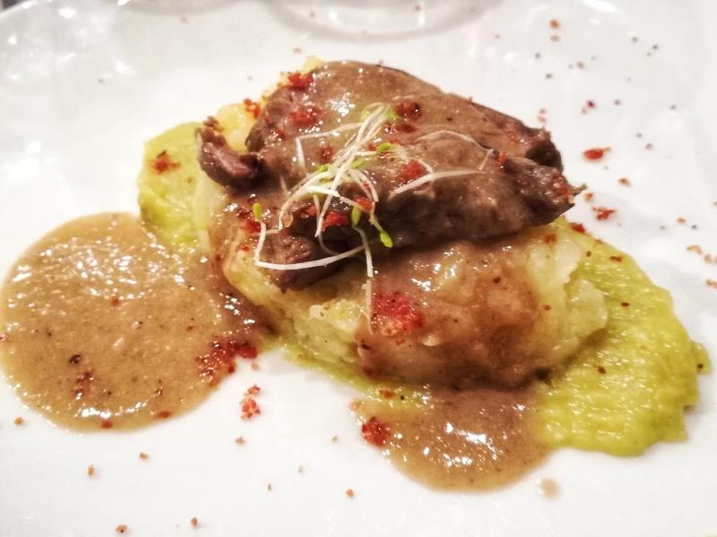 guancia di maiale in bianco con salsa al rafano e patate in tecia @fraduefuochi