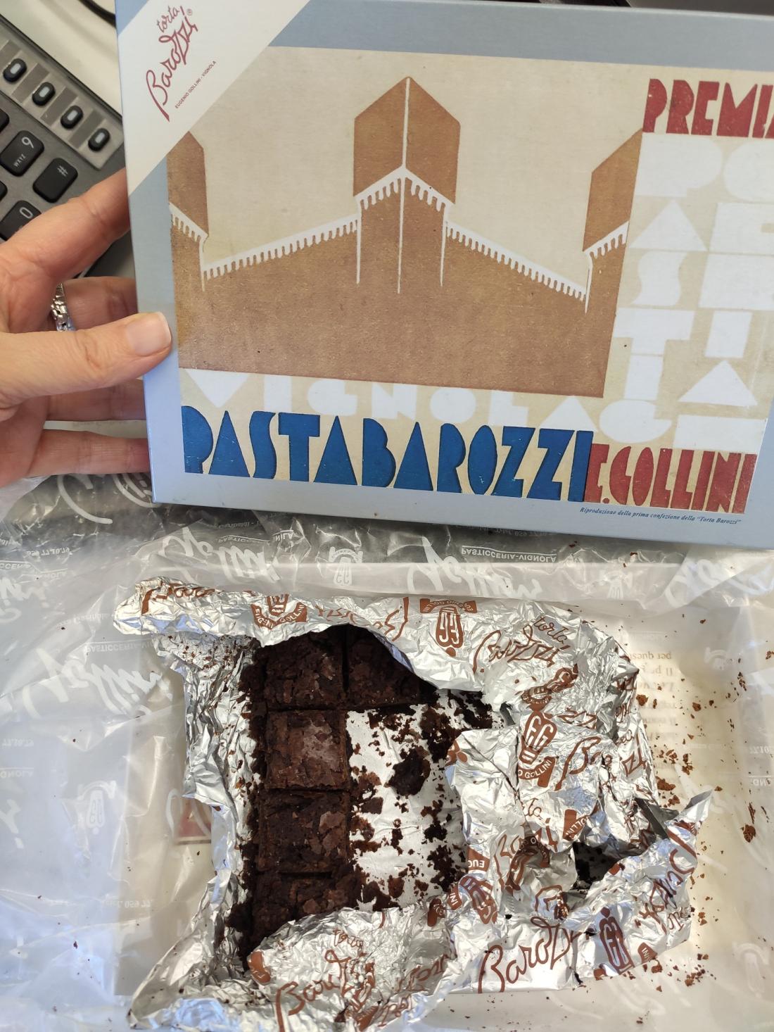 la confezione della torta Barozzi