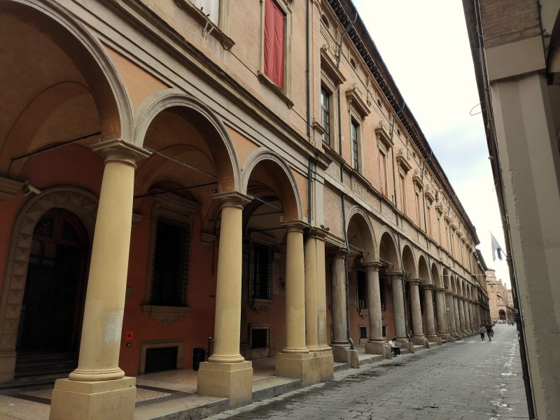 Palazzo Poggi, esterno